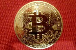 Veliki pad vrednosti bitkoina zbog najave zabrane trgovine kriptovalutama