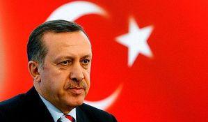 Izdati nalozi za hapšenje 400 osoba u Turskoj