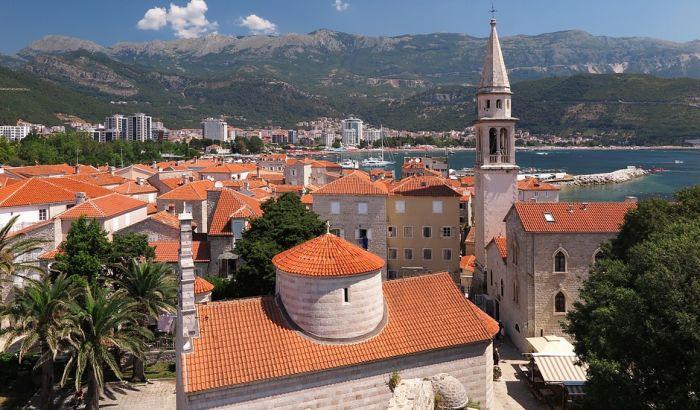 Turisti moraju da plate evro za obilazak Starog grada u Budvi