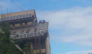 Žena pokušala da skoči sa zgrade staračkog doma na Novom naselju