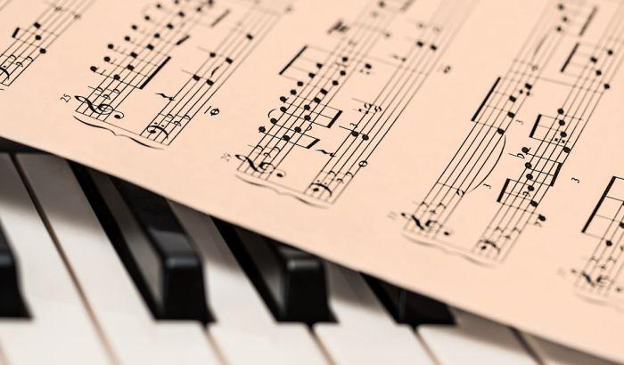 Koncert klasike na platou između NIS-a i Merkatora