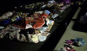 FOTO: Zemljotresi u Italiji i Makedoniji, u Grčkoj turisti spavali u parkovima