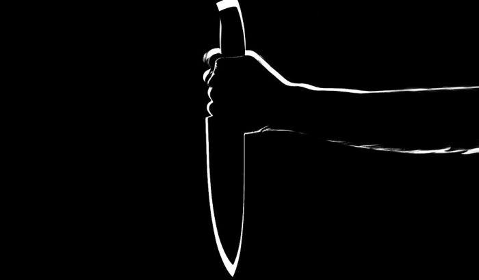 Banatski Karlovac: Nožem izbo ženu, potom ubio i sebe