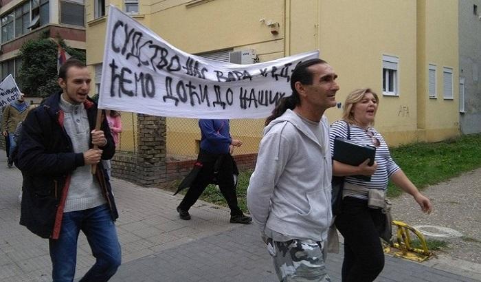 Poništena odluka izvršitelja, porodicu iz Novog Sada sutra neće prinudno iseljavati