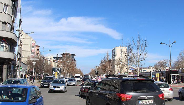 Sve manje pešaka u Novom Sadu, saobraćaj se kroji po meri putničkih automobila