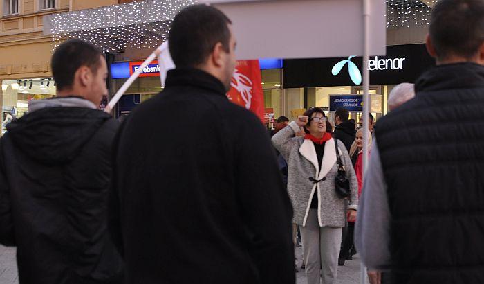 FOTO, VIDEO: Antifašisti uz partizanske pesme obeležili Dan oslobođenja Novog Sada