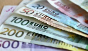 Najave poskupljenja kredita vezanih za evro brinu dužnike