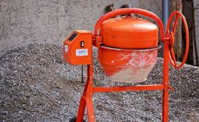 Sombor: Niko neće nekada najveće preduzeće za beton u SFRJ