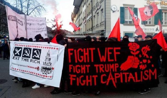 Protest zbog dolaska Trampa na Svetski ekonomski forum u Davosu