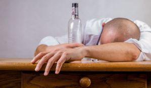 Masovno trovanje alkoholom u Iranu, troje mrtvih