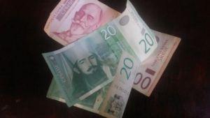 Sutra 122,96 dinara za evro