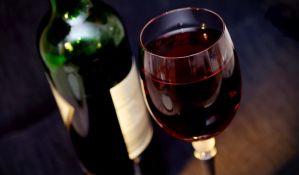 Šta jedna čaša vina dnevno zapravo radi vašem telu?