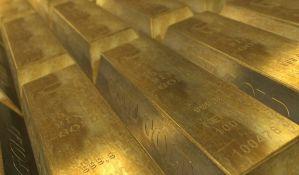Rusija gomila zlato, uskoro 2.000 tona