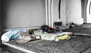 Beskućnicima u Mađarskoj zabranjeno da prenoće na javnom mestu