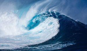 Oboren svetski rekord u jahanju na talasima