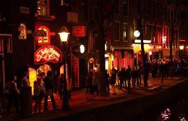 Nova pravila u ulici crvenih fenjera u Amsterdamu: Zabranjeno gledanje