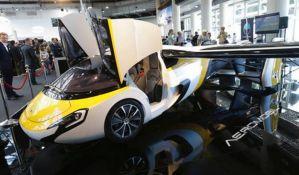VIDEO: Predstavljen leteći automobil, za upravljanje potrebne vozačka i pilotska dozvola