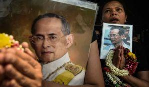 Tajlandski kralj biće kremiran krajem oktobra, godinu dana nakon smrti