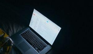 Svaku desetu poruku na Gmail-u napisao je robot