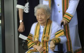 Diplomirala u 91. godini