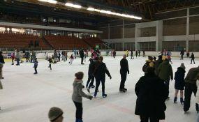 Izmena smena klizanja na Spensu zbog hokejaških utakmica