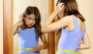 VIDEO: Rečenice kojima upropaštavate svoju ćerku