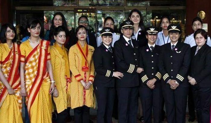 VIDEO: Avion obišao svet isključivo sa ženskom posadom