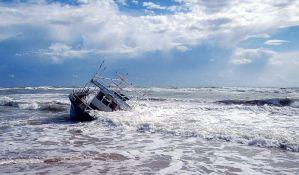 Španska obalska straža spasila 56 migranata na Mediteranu