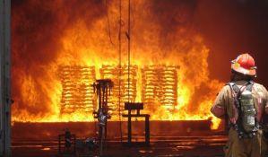 Najmanje 17 mrtvih u požaru u fabrici petardi u Indiji