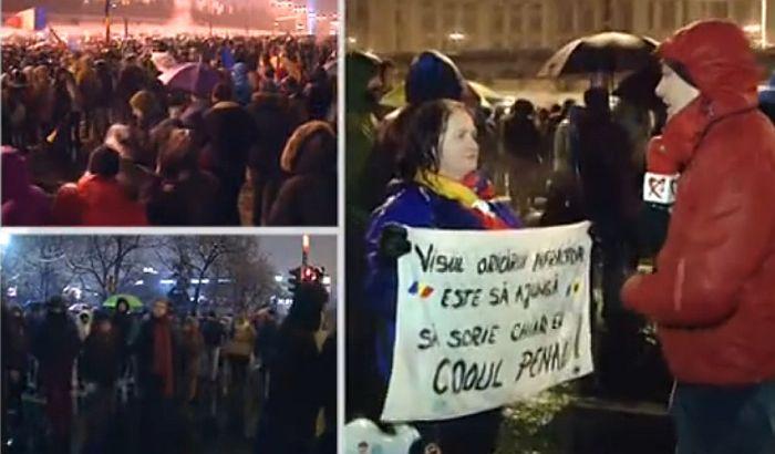FOTO: Oko 70.000 Rumuna na ulicama Bukurešta protiv novih zakona