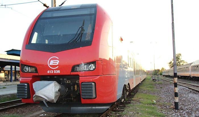 VIDEO: Muškarac se bacio pod voz na pruzi Beograd-Novi Sad