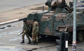 VIDEO: Vojska zarobila Roberta Mugabea, Zimbabve dobio novog predsednika
