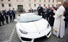 Prodaje se papin Lamborgini, novac ide na obnovu Iraka