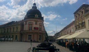 Sremska Mitrovica: Postavljene posude sa vrećicama za izmet ljubimaca