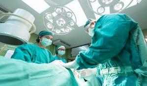 Hirurg ugravirao svoje inicijale na jetri pacijenata