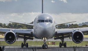 Avion turske kompanije prinudno sleteo u Beograd, putnica odvezena na VMA