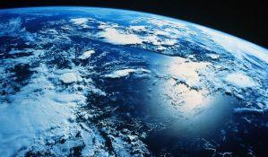 NASA pokušala da ubedi repera da Zemlja nije ravna ploča