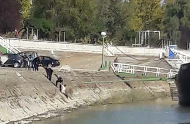 Devojka skočila s keja u Dunav, spasili je policajci