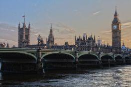 Britanski parlament zabranio dremanje i vikanje tokom sednica