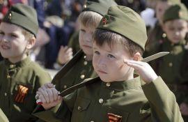 Sedmogodišnjak dobio poziv za vojsku