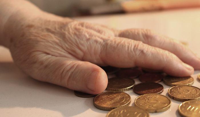 Penzioneri tuže državu zbog umanjenja penzija