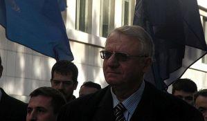 Šešelj predao potpise za kandidaturu za presednika
