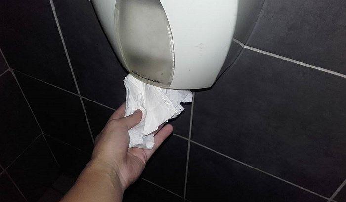 Toalet papiri, pepeljare i osveživači za WC najpoželjniji predmeti u kafićima