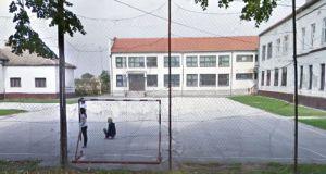 Sombor: Uskoro renoviranje terena u poljoprivredno-prehrambenoj školi
