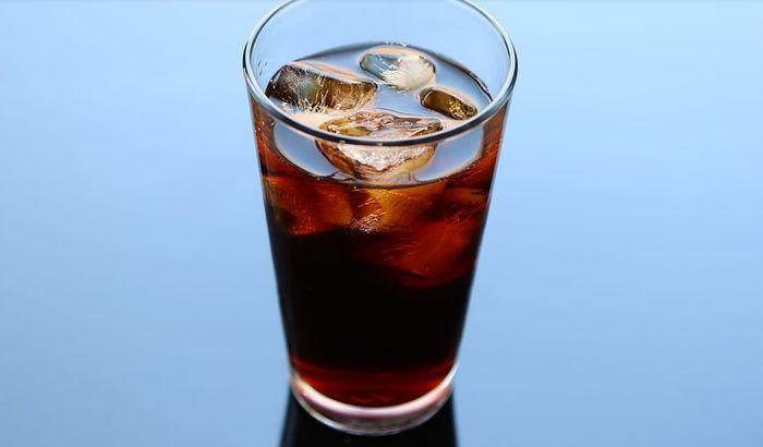 Elita pije original, a obični građani lažnu Koka Kolu