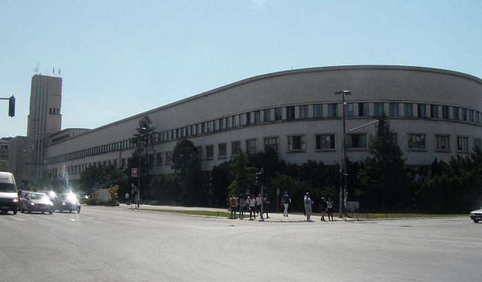 Pokrajina izdvojila 183 miliona dinara za regresiranje prevoza srednjoškolaca