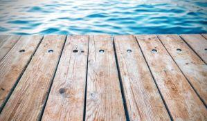 Zrenjanin: Splav na jezeru stiže u jesen, građani se žale Strazburu