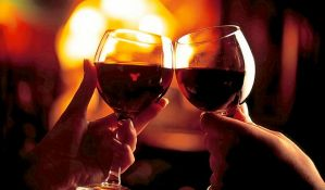 Posle čašice alkohola, ljudi govore strane jezike bolje