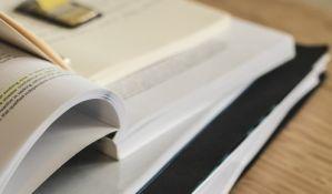 Tržište udžbenika u Srbiji: Od lobiranja do mita