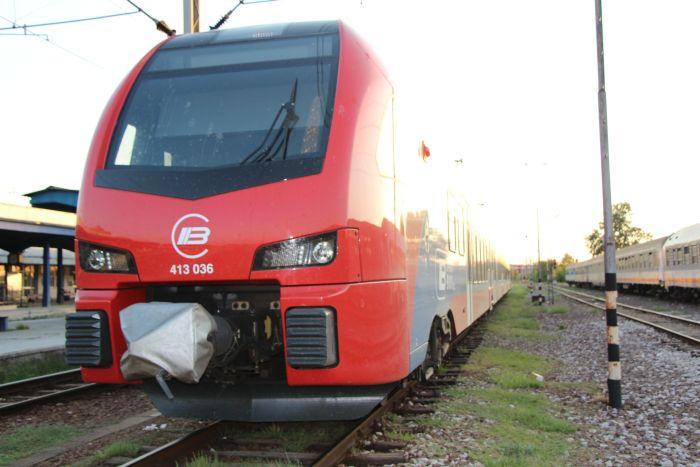 U pojedinim vojvođanskim mestima putnici se lome da se ukrcaju u voz